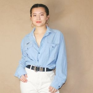 (178) vtg 70s chambray terry blouse